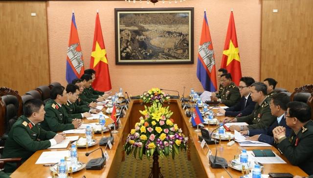 Hợp tác quốc phòng là một trong những trụ cột quan trọng của quan hệ Việt Nam - Campuchia